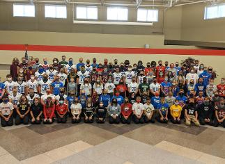 Vantage Celebrates Fall Sports Spirit Day!