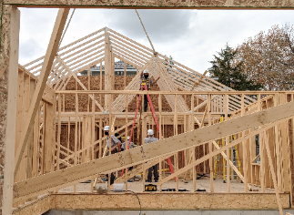Vantage Carpentry Students Build House Locally!