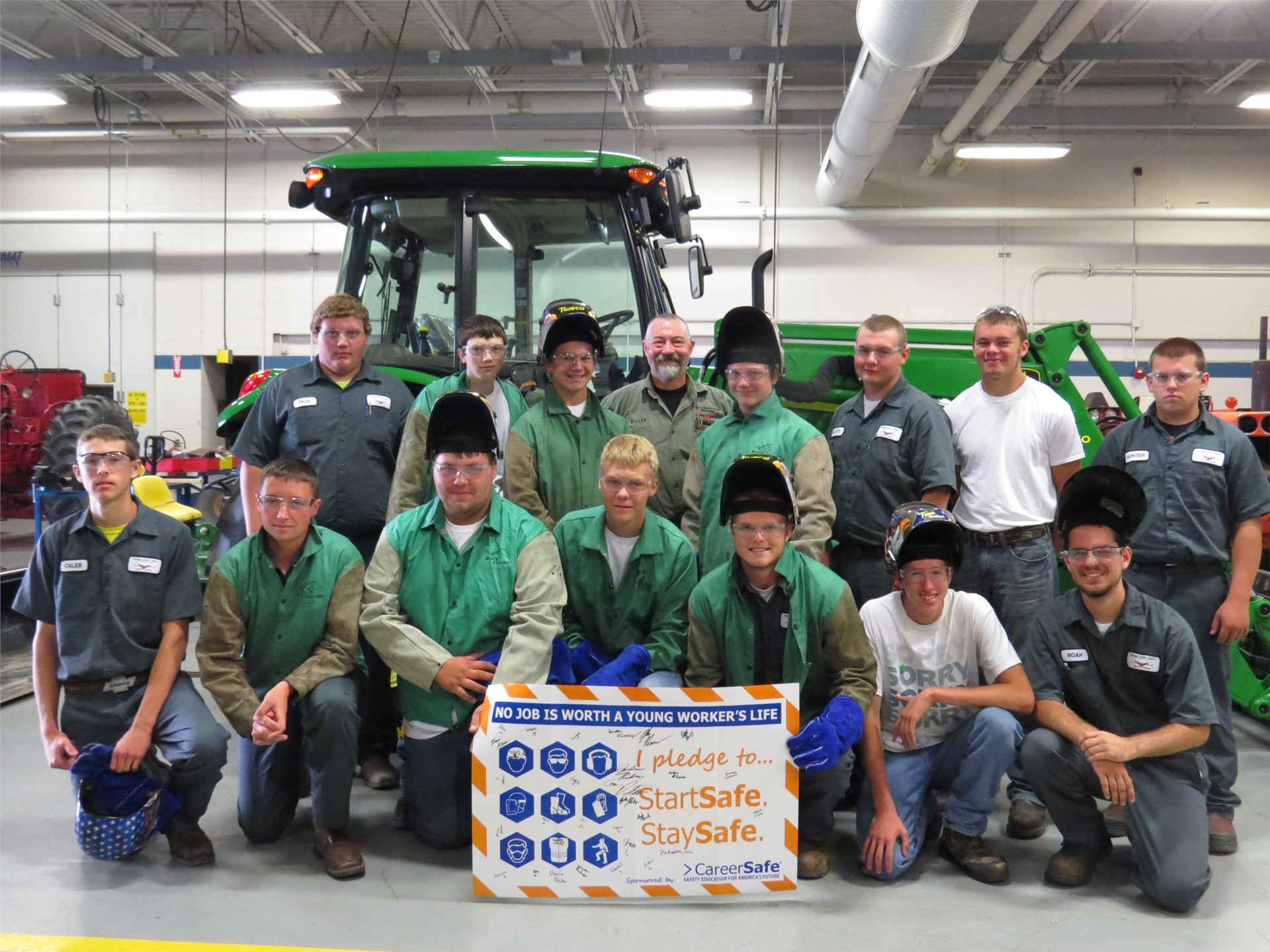 Students in Ag program with safety pledge