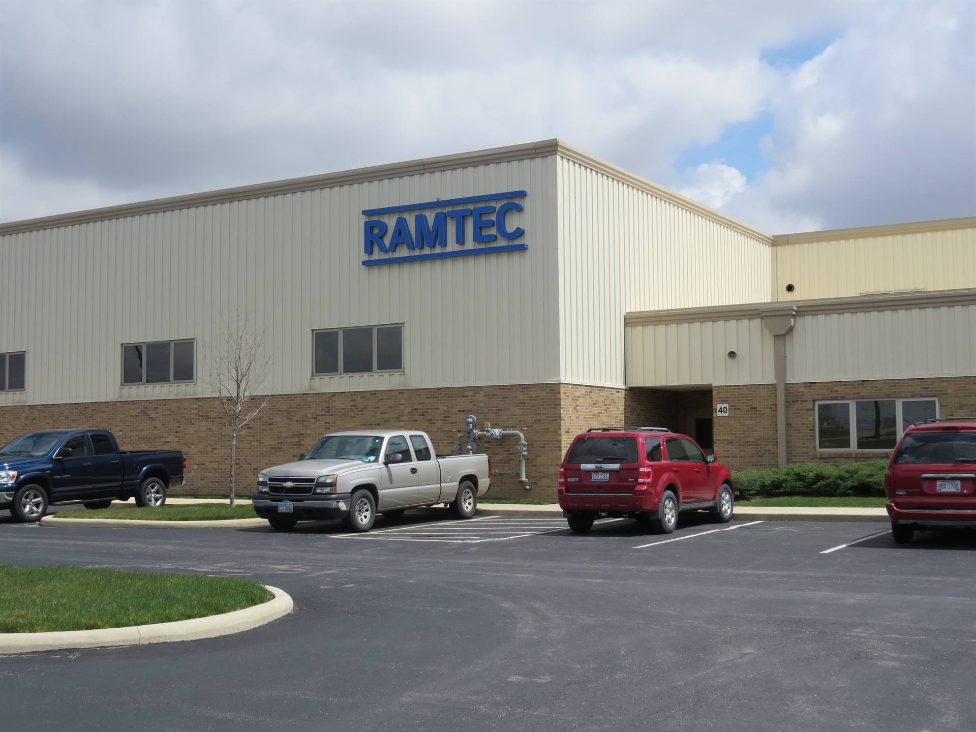 Picture of Vantage Career Center building with RAMTEC sign