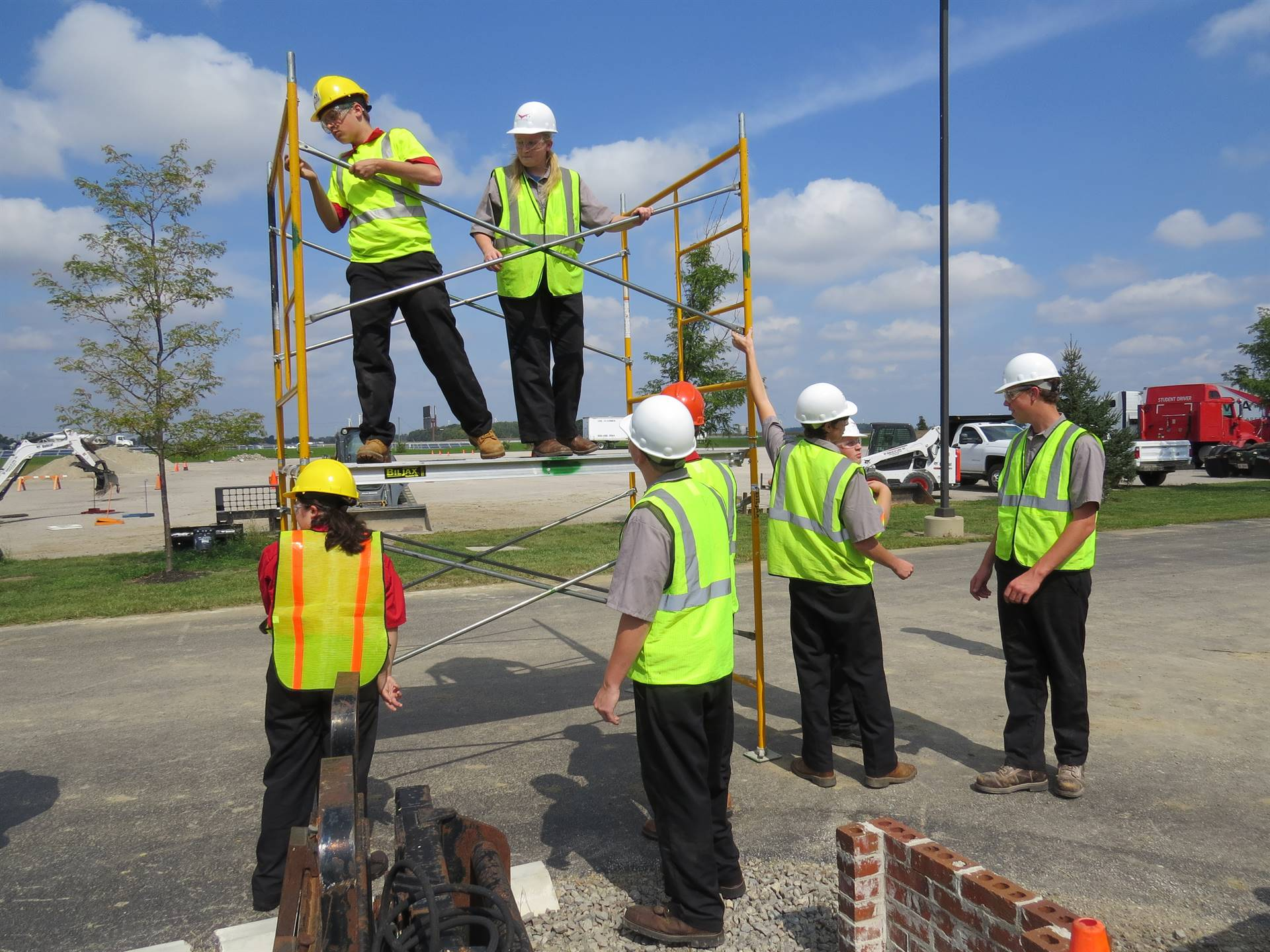 Construction Equipment Technology students build a scaffolding.