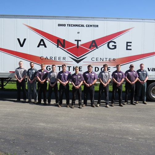 Ag and Industrial Power Technology and Construction Equipment Technology students receive their CDL license.